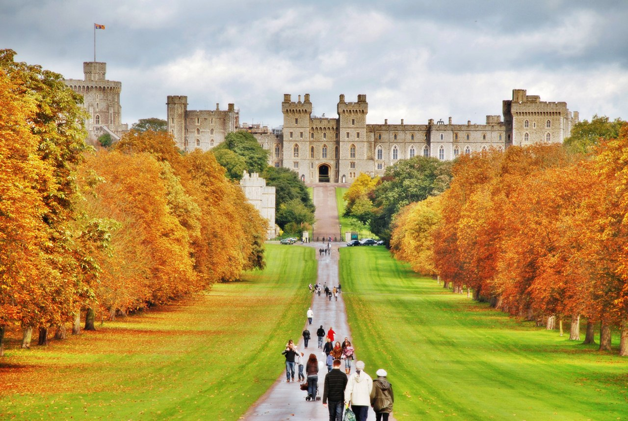 welcome to angel tours travel windsor castle. Black Bedroom Furniture Sets. Home Design Ideas